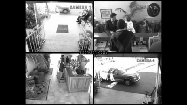 Ο Μάικλ προσπαθεί να βάλει τη Λουσίλ στο κέντρο αποτοξίνωσης Shady Pines. Shady Pines λεγόταν ένα γηροκομείο στη σειρά Golden Girls, στην οποία ο δημιουργός του Arrested Development δούλευε ως σεναριογράφος