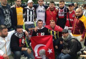 Στην εξεγερμένη Τουρκία το ποδόσφαιρο ενώνει