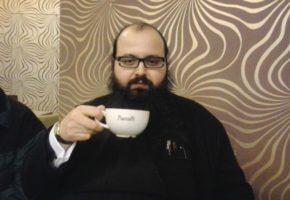 Πατέρας Ιερόθεος Λουμουσιώτης: Όταν η Εκκλησία κατακτά το Facebook