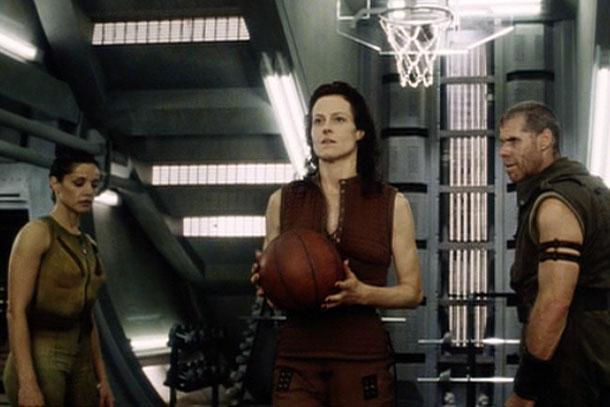 14-alien-resurrection-basketball