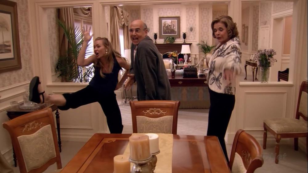 bluth family chicken dance