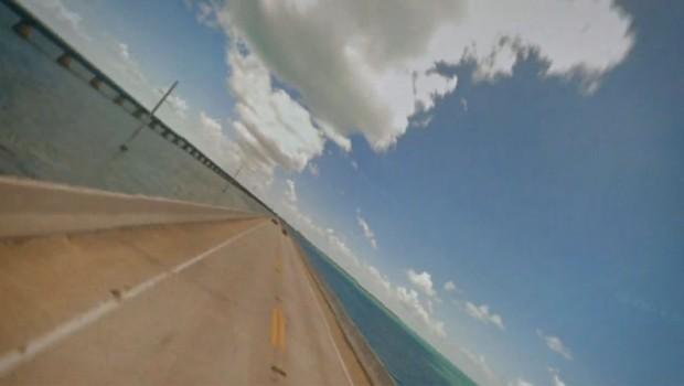 Μαλλιοκούβαρα στους δρόμους του Google Street View! (VIDEO)