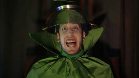 O Κόμης Πασόκουλας ίσως είναι το τελευταίο αστείο που θα κάνουμε με το ΠΑΣΟΚ