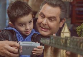 Κι όμως: Η διαφήμιση των Ανεξάρτητων Ελλήνων είναι πιο creepy κι από αυτή με τον Νικόλα