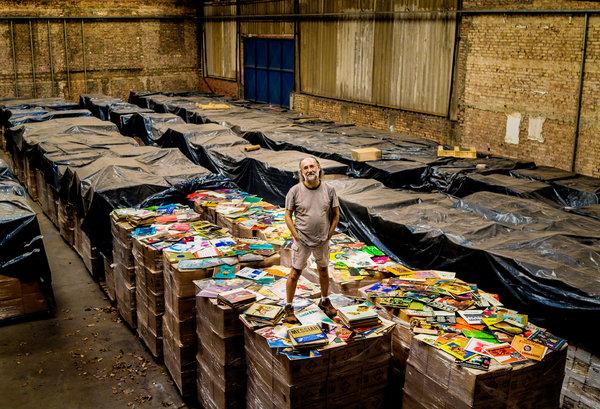Η μεγαλύτερη συλλογή βινυλίων του κόσμου θα μετατραπεί σε ανοιχτό αρχείο Mag-10Collector-t_CA0-articleLarge