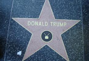 Ο απόλυτος πάμπλουτος μπουρτζόβλαχος Donald Trump κατεβαίνει για Πλανητάρχης