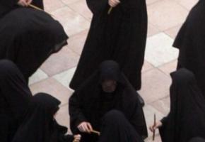 ΤΙΜΙΟ ΞΥΛΟ: Ντου καλόγερων σε καλόγριες σε παλαιοημερολογίτικο μοναστήρι στην Πάτρα