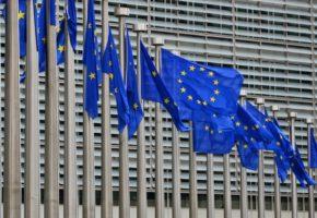 20 (μάλλον) χρήσιμα χάσταγκ για κάθε χώρα που πρόκειται να φύγει απ' την ΕΕ