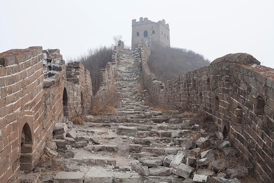great-wall-of-china-ruined-walkway