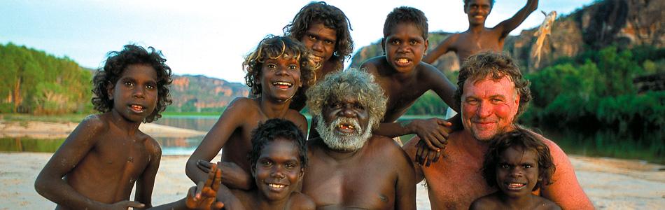 Lords-Kakadu-and-Arnemland-Safaris-Sab-with-Aboriginals