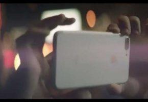 Πατητές και μακροβούτια μπορείς να κάνεις με το νέο αδιάβροχο iPhone 7