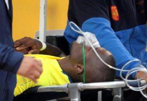 Παίχτης του Ισημερινού έκανε ότι τραυματίστηκε στο παιχνίδι για να την κοπανήσει από τους μπάτσους