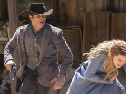 the-first-episode-of-westworld-was-a-gorgeous-sweeping-bloodbath-1475507725-crop_desktop (1)