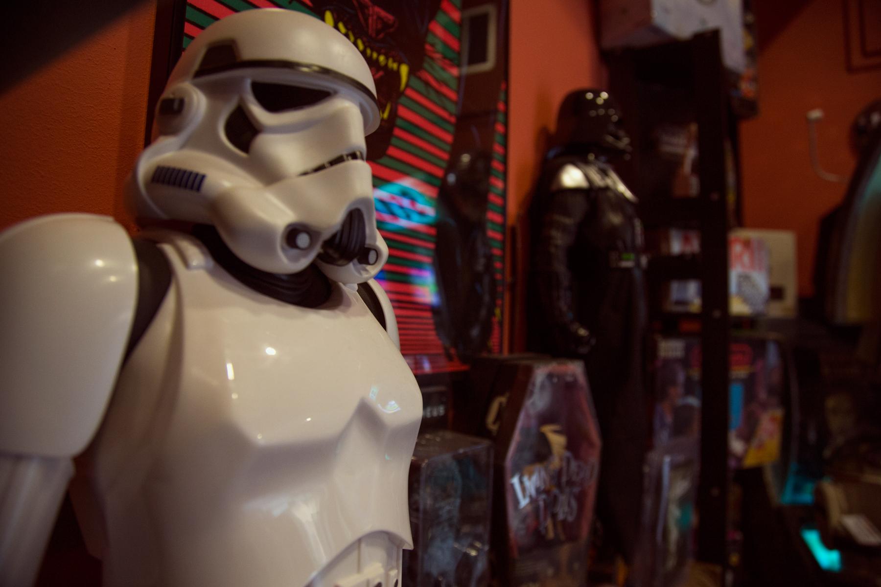 Stormtrooper & Darth Vader keepin' it real since 1977 (τα συγκεκριμένα figures είναι επανεκδόσεις του 2015 βέβαια)