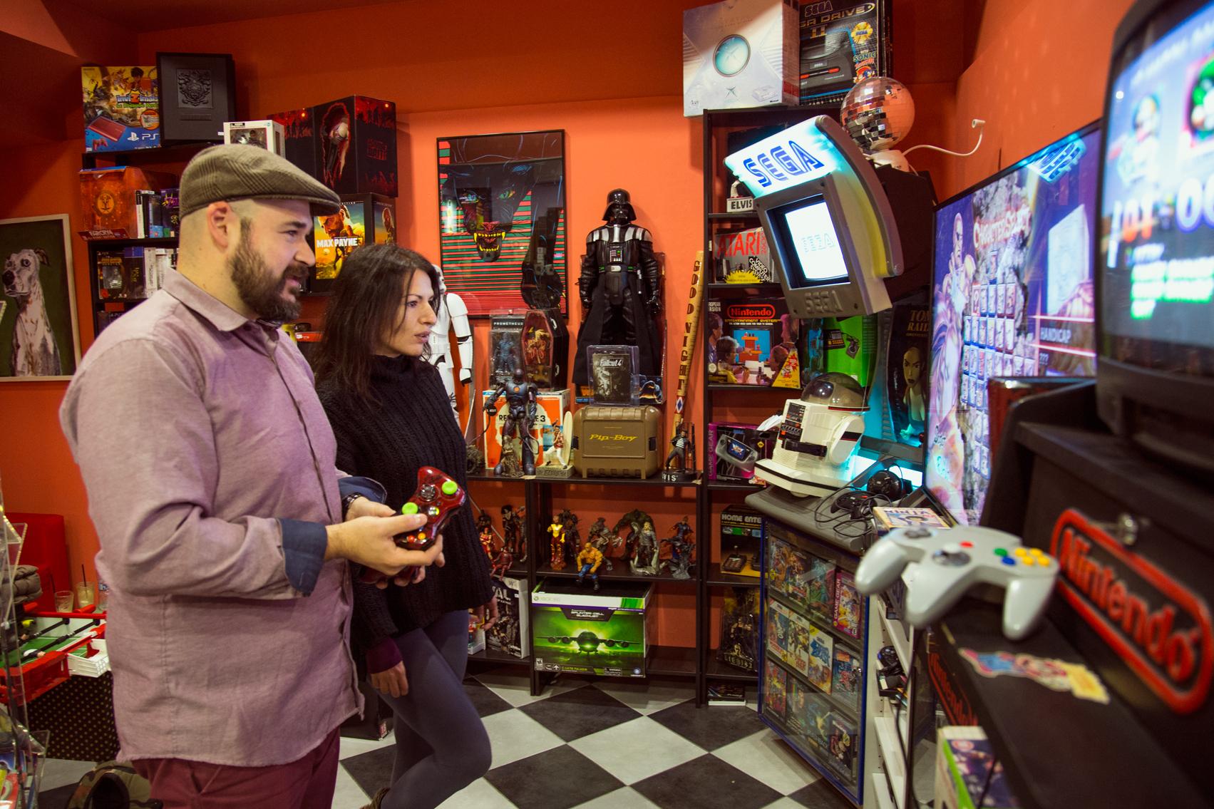 Ο ιδιοκτήτητς του Παιχνοδρόμιου, Αποστόλης παραδίδει μαθήματα gaming