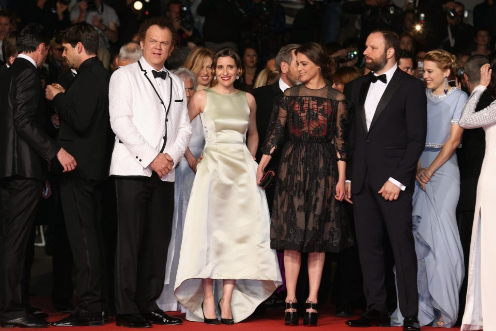 john-c-reilly-yorgos-lanthimos-angeliki-papoulia-lea-seydoux-and-ariane-labed-at-the-lobster-2015