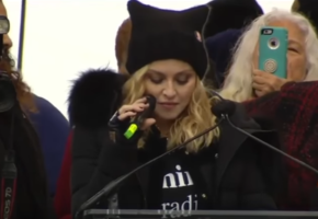Je Suis Madonna: Δήλωση-βόμβα της θρυλικής ποπ σταρ για τον Λευκό Οίκο (VIDEO)
