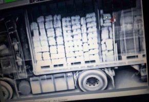 261 κιλά κάνναβης που είχαν προορισμό τη Γερμανια κατάσχεσε η Αστυνομία στην Ηγουμενίτσα (PHOTOS)
