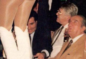 Ο Ευάγγελος Γιαννόπουλος στο Κλαμπ Σόδομα το 1993 είναι όλη η μούργα του Παλιού Πασόκ σε δυο εικόνες (PHOTOS)