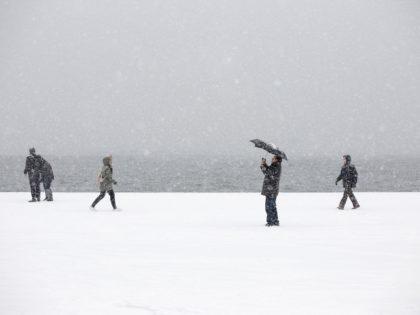 Snowfall in central Thessaloniki, Greece on January 10, 2017. / Χιονόπτωση στο κέντρο της Θεσσαλονίκης, Ελλάδα, 10 Ιανουαρίου 2017.