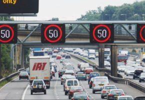 H λύση για την οδική ασφάλεια ίσως να κρύβεται στην τακτική της Βρετανικής τροχαίας