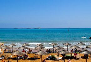 Μετά τη Ζάκυνθο, 32 κιλά ινδικής κάνναβης βρέθηκαν να παραθερίζουν σε παραλία της Κεφαλονιάς