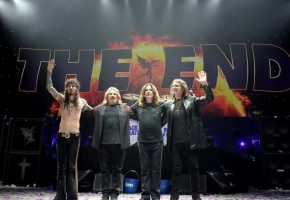 Black Sabbath: Το τελευταίο τους live έδωσαν στην πόλη τους οι πατριάρχες του heavy metal (VIDEO)