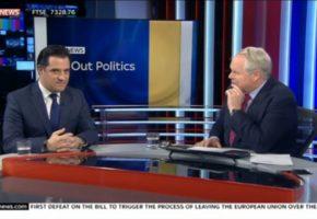 Άδωνις Γεωργιάδης στους Βρετανούς: Όσο εγώ μιλάω εσείς αγοράζετε την χώρα μου (VIDEO)
