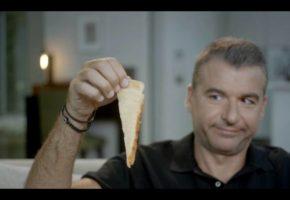 Ένα Δράμα η ζωή του Γιώργου Λιάγκα: Τον διέγραψαν από την ΕΣΗΕΑ επειδή διαφήμισε άπαχο τυρί