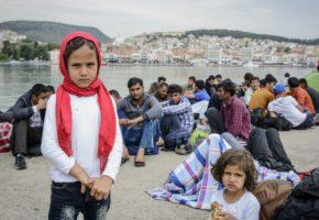 Κανείς δεν γνωρίζει ποιοι καβάτζωσαν το 70% από τα 803 εκατομμύρια ευρώ που δόθηκαν στην Ελλάδα για τους πρόσφυγες