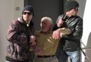 Πάρε ό,τι ναρκωτικά έχεις σπίτι σου και δες αυτό το βίντεο των οπαδών Σώρρα για τον ελλάνιο φυγά Αρχηγό